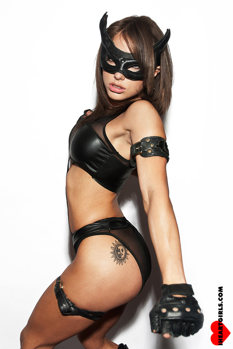 Liz Katz as Catwoman 5