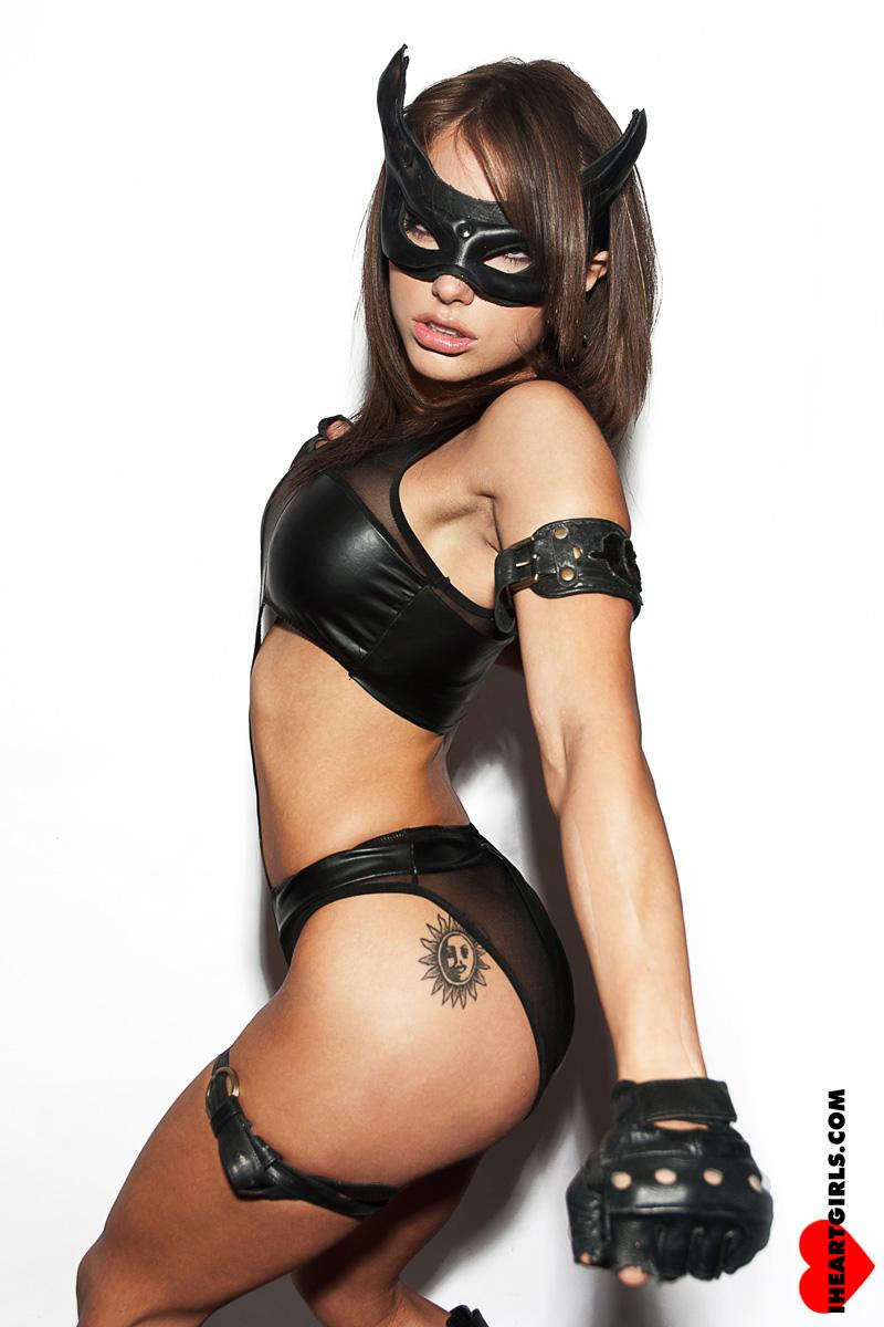 Liz Katz as Catwoman 5