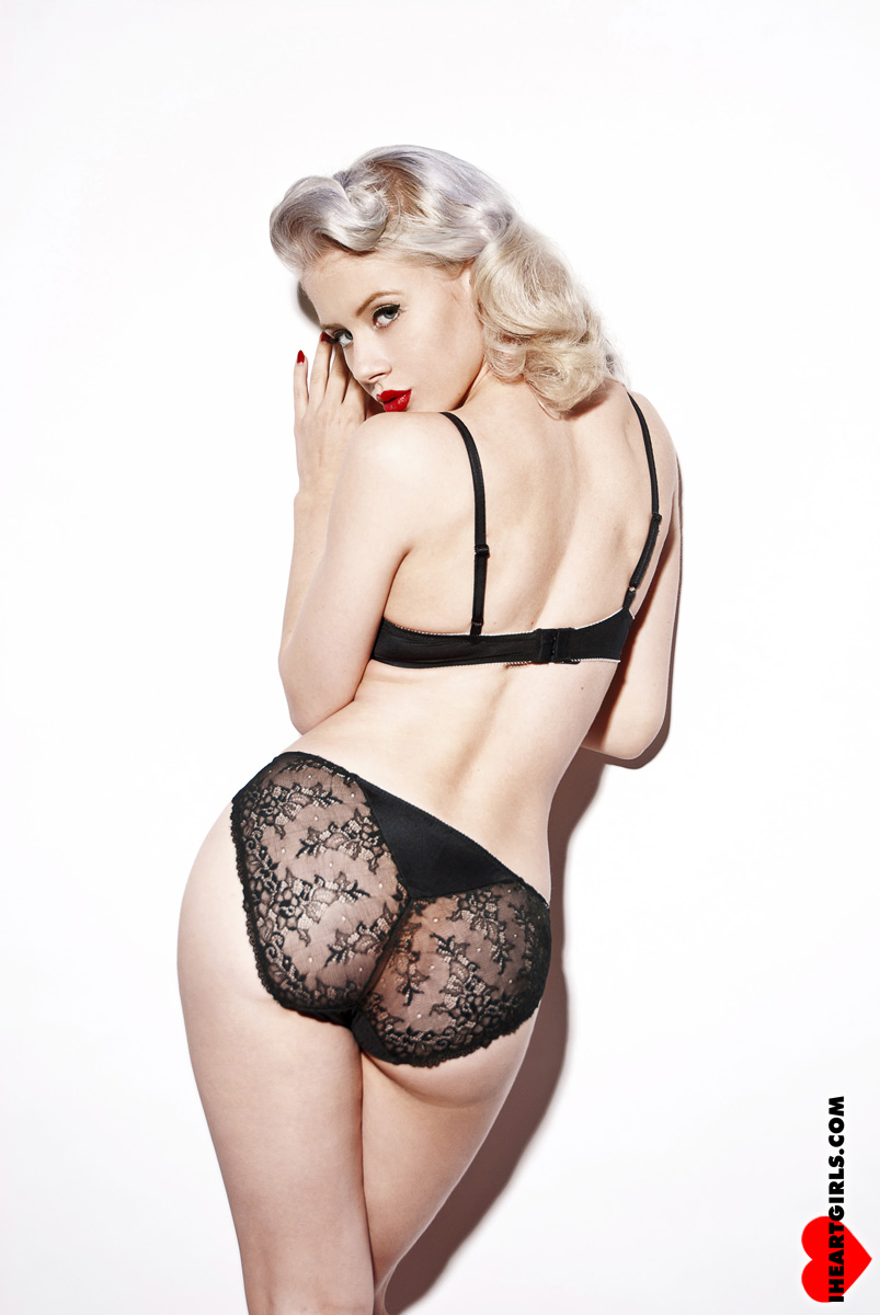 Mosh in Black Lace 4