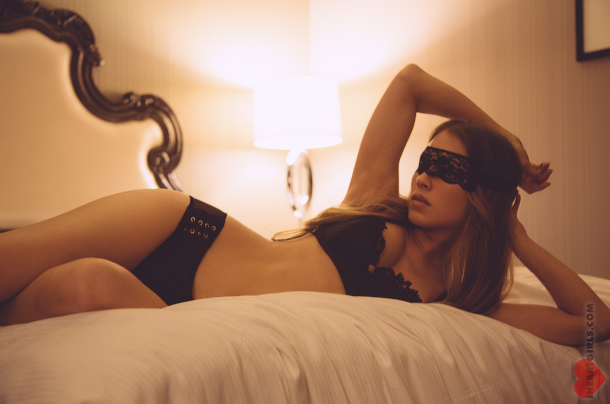 h-iheartgirls-fifty-shades-of-grey-13